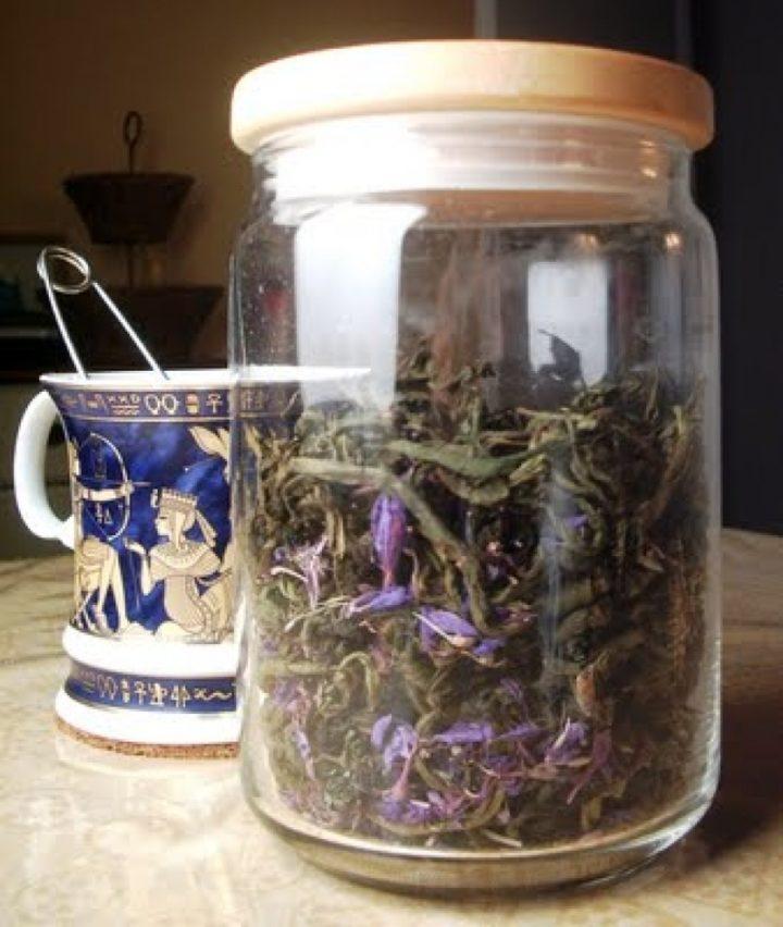 Употребляется в виде чая