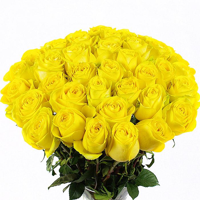 Букет из жлтых и белых роз