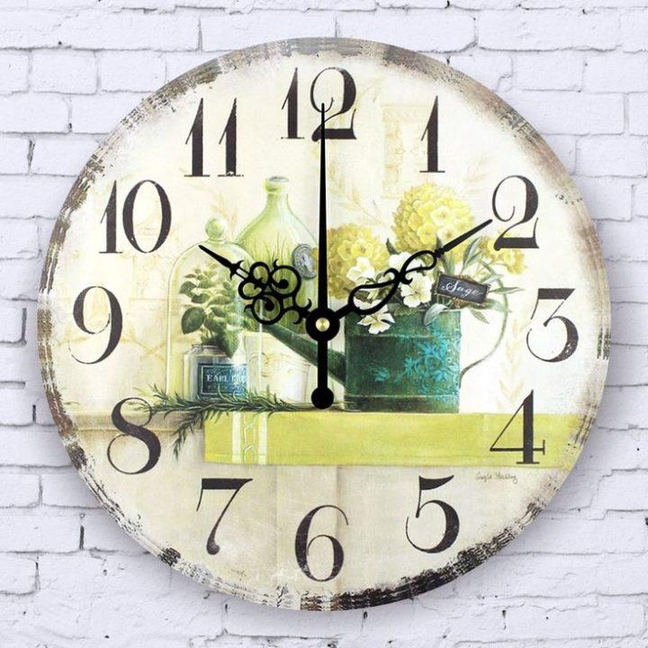 Настенные часы с расписным циферблатом