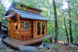 Как построить маленький домик для дачи