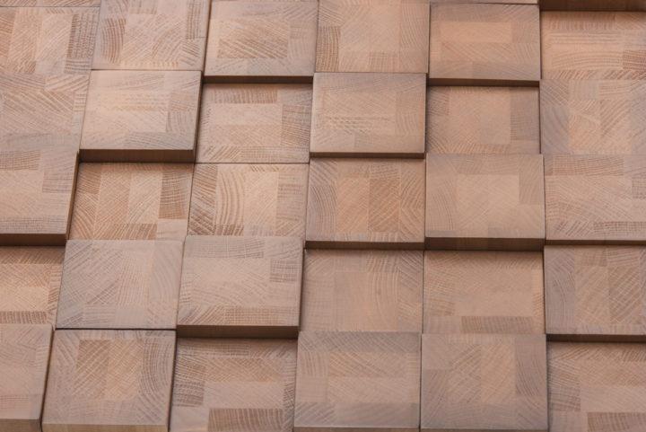 Деревянная панель в форме плитки