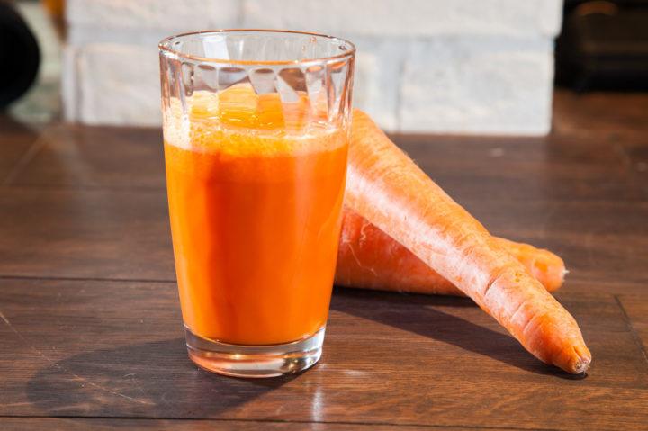 Морковный сок для остроты зрения