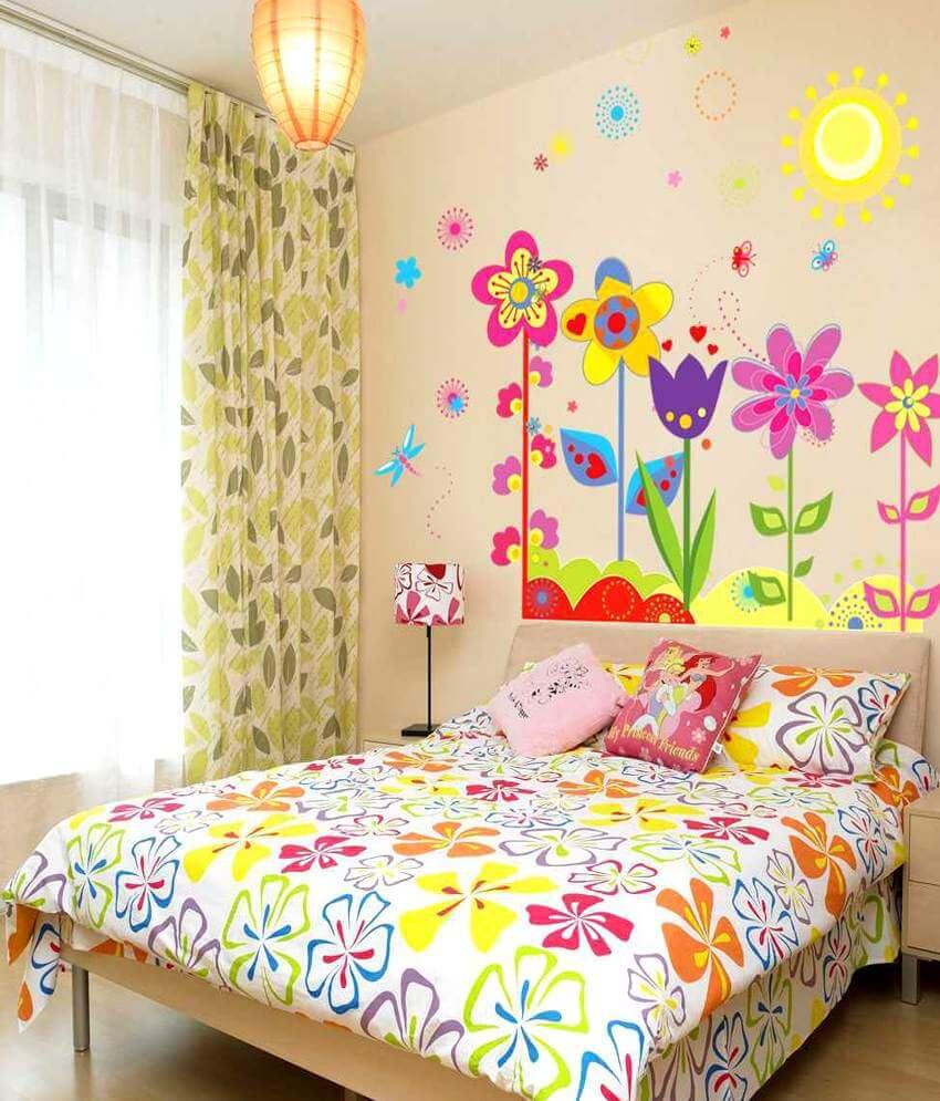 Оформление стен в художественном стиле