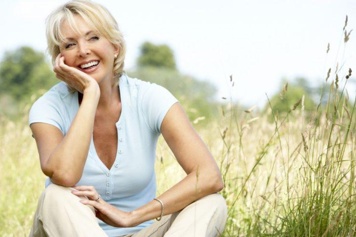 Мята способствует подтягиванию кожи лица