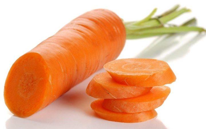 Морковь в больших количествах давать нельзя