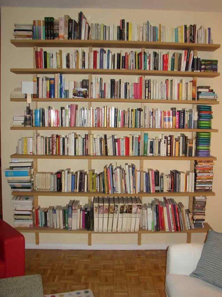 Варианты книжных полок своими руками 20